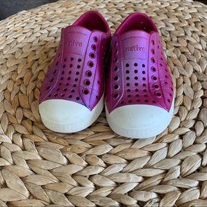 Native Jefferson Iridescent Pink Shoes